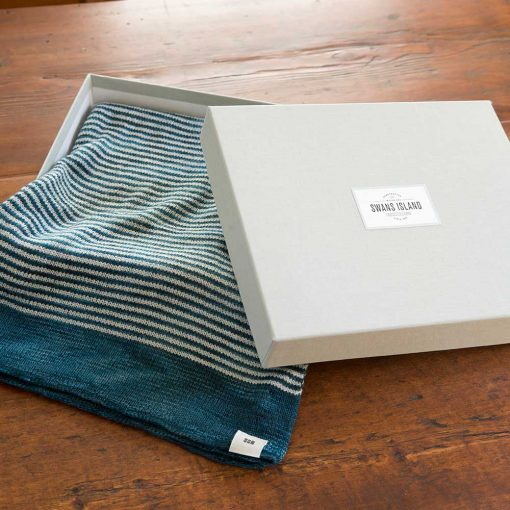 Cafe Cowl in linen gift box