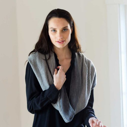 Cafe Cowl - nautical blue and natural