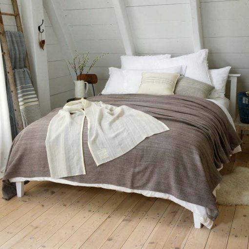 Acadia Blanket - truffle