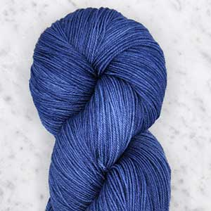 Ombre fingering swatch - delft blue
