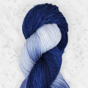 Ombre fingering swatch - delft blue ombre