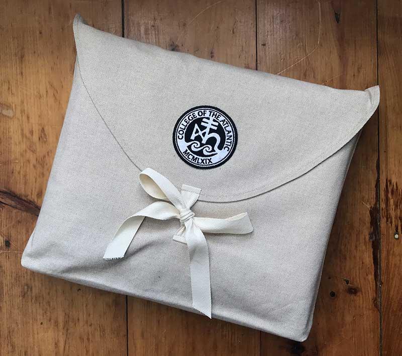 linen blanket bag